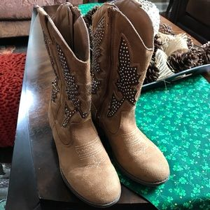 Girls camel and crystal cowboy boots